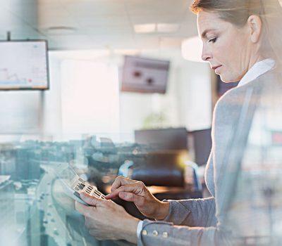 利用SALESFORCE工具为领先的金融咨询公司提供服务
